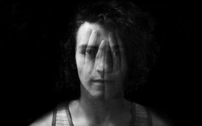 Experiencias: Escondido de mí mismo.